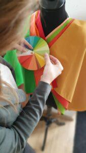 hautpsychologie farbtuecher und farbpass